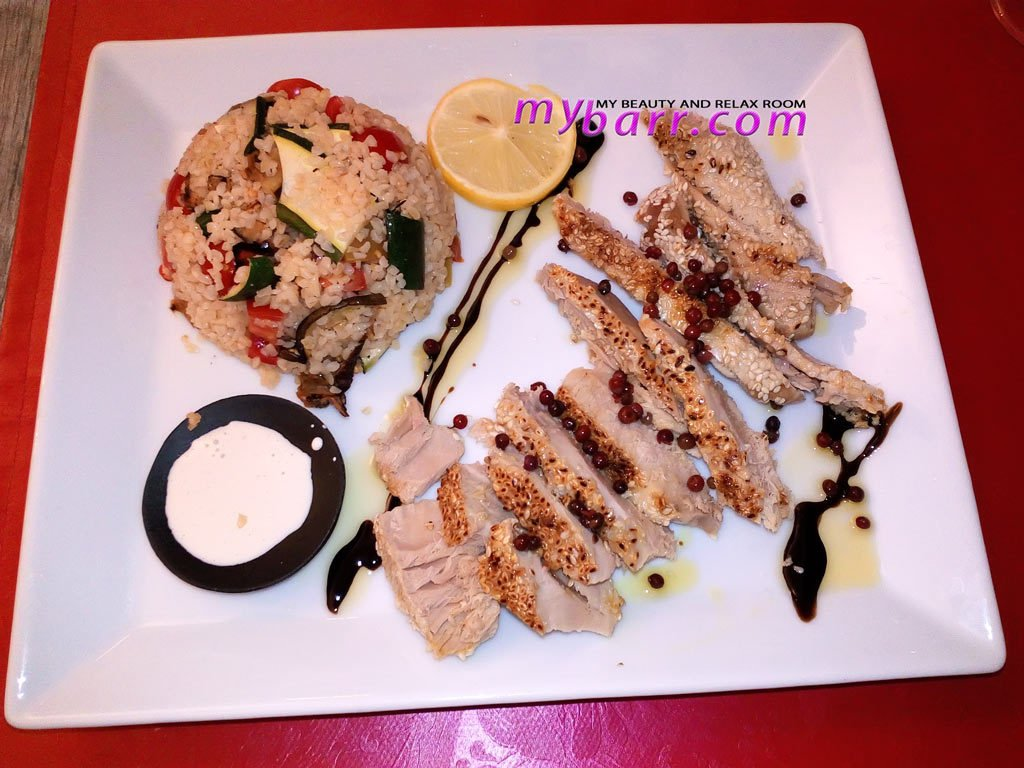 relax a pavia ristorante respvblica tonno in crosta di sesamo con pepe rosa mybarr