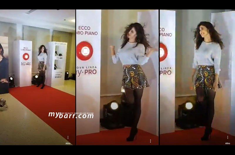 Belen sfila durante la presentazione di Bellissima My Pro by Imetec alla terrazza Martini con mybarr