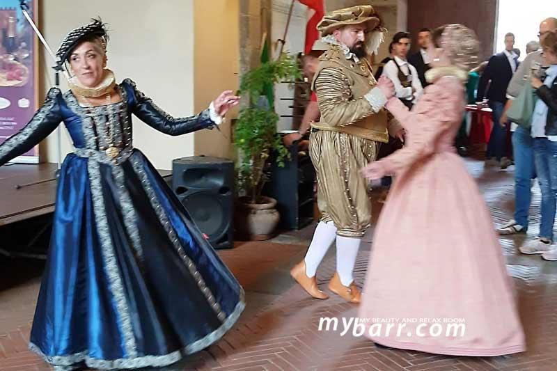 tuscany farm day palazzo dei vicari scuola danza rinascimentale san barnaba mybarr
