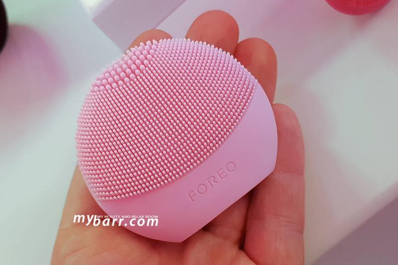 foreo fofo spazzola pulizia viso intelligente analisi idratazione mybarr